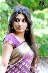 Bangla sex story - Otripto Jouboner Jwala Nibaron - 3